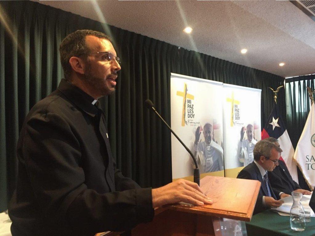 Periodistas y Comunicadores se reunieron en Iquique para preparar la Visita del Papa